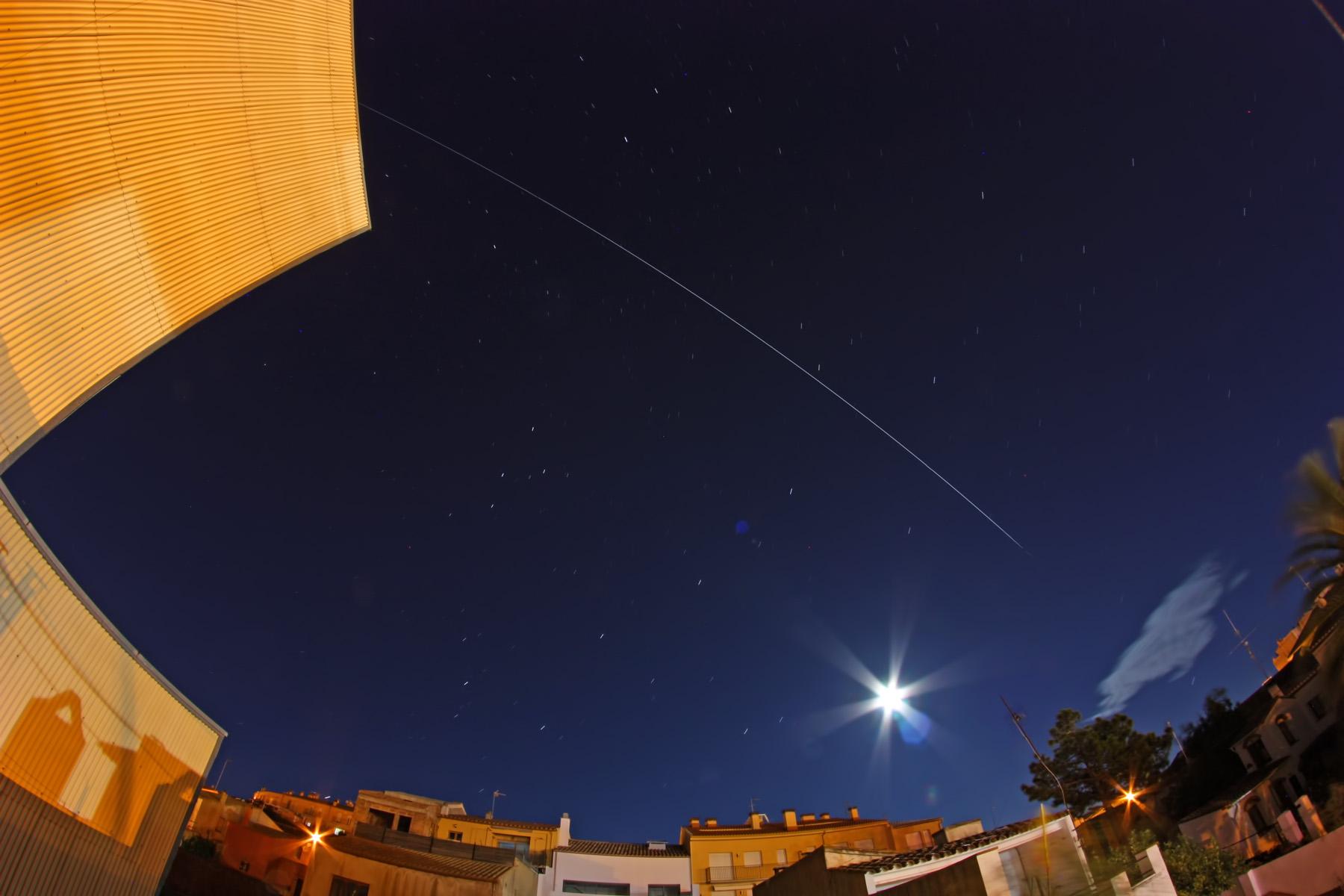 ISS a magnitud -3.4