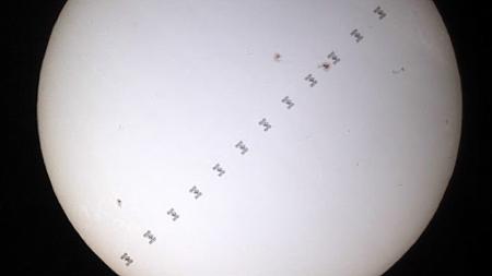 Muntatge del trànsit de la ISS pel sol
