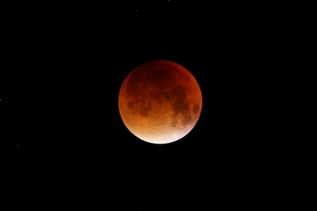 Eclipsi de lluna al màxim