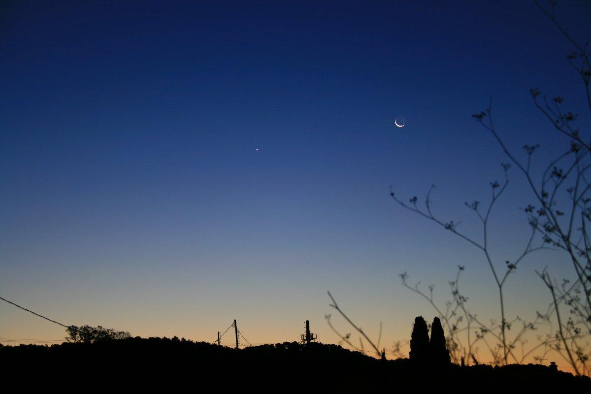 Conjunció Saturn - Venus - Mercuri - la Lluna