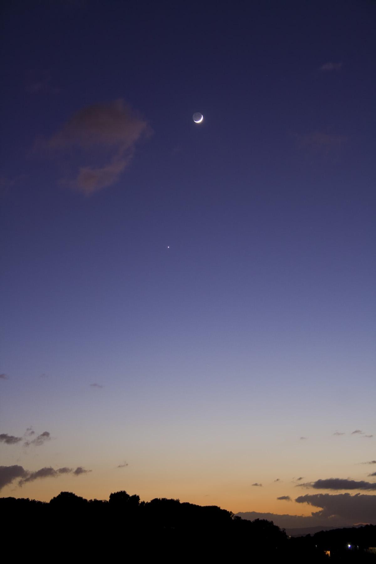 Venus i la lluna a la posta de sol