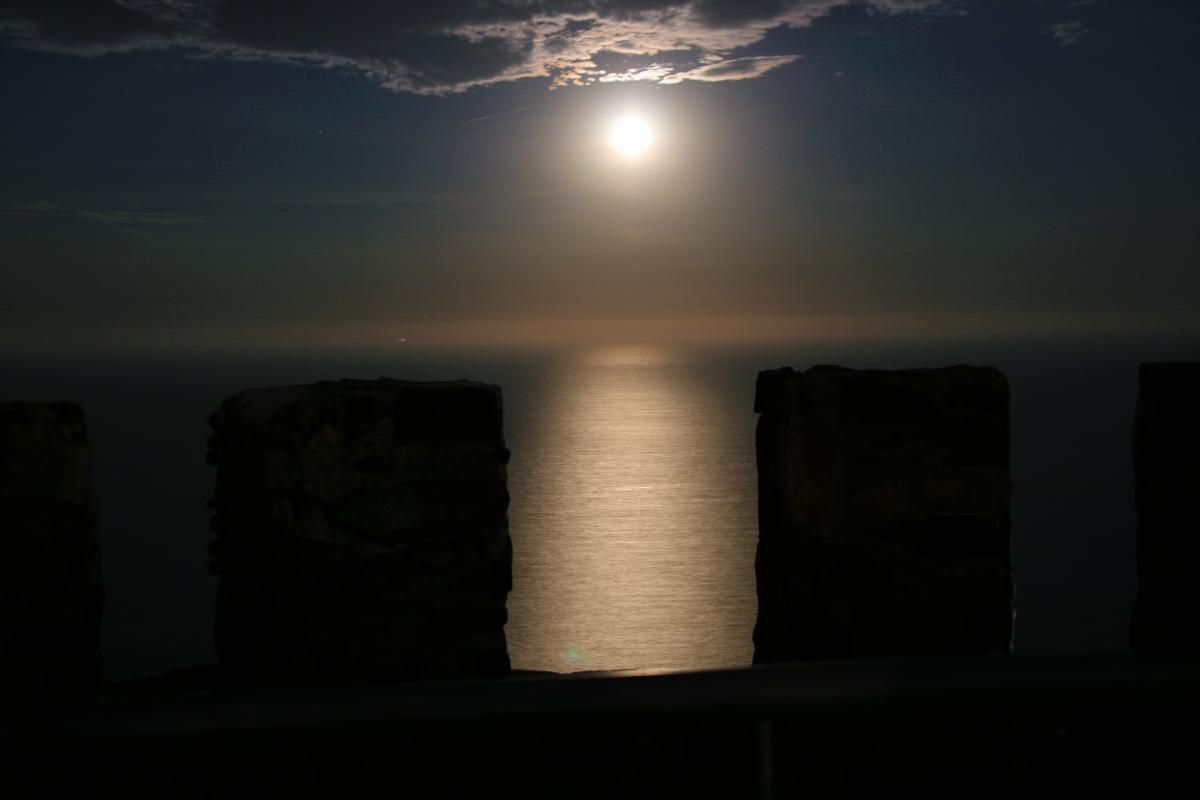 Reflexe de la lluna a Sant Sebastià