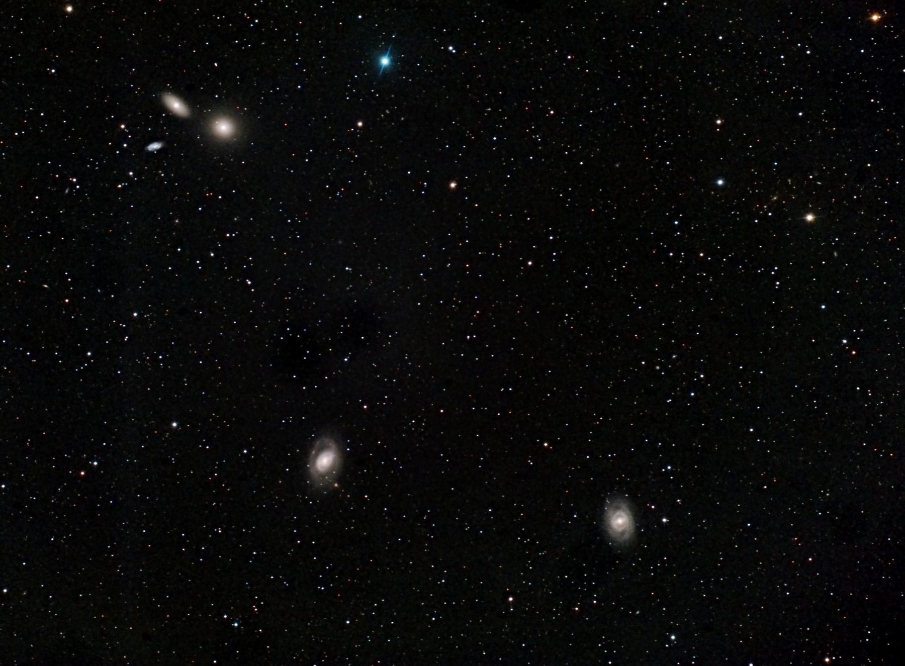 Galàxies a Leo: M95, M96, M105 i NGC 3371 i 3389