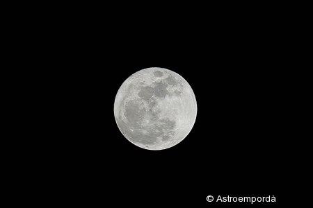 Lluna plena en el perigeu