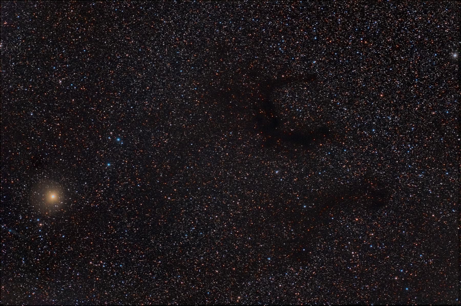 Nebuloses fosques B142 B143