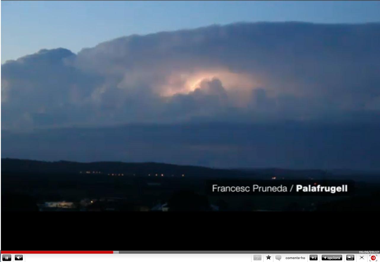 Vídeo de llamps a l'Espai Terra