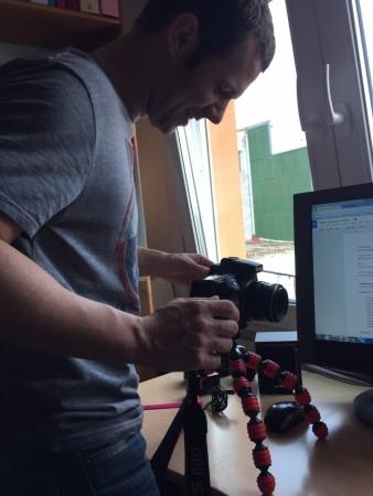 Fent les proves amb la Canon EOS 60D + adaptador M42-EOS amb confirmació d'enfocament sobre trípode