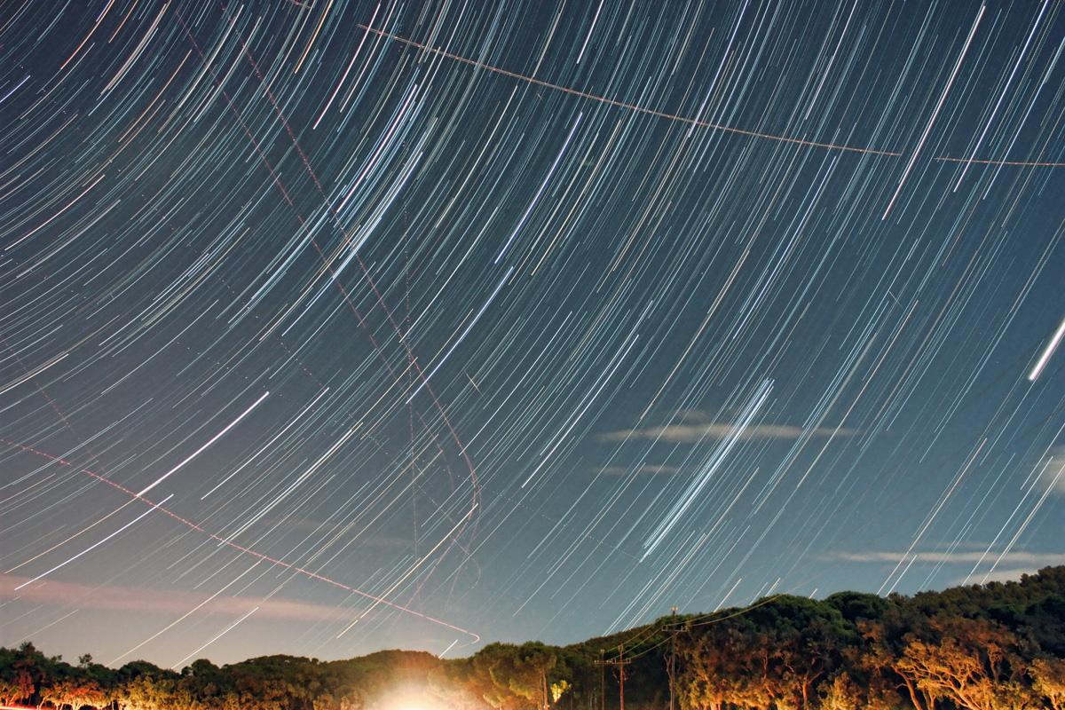 Dracònides, avions i traços d'estrelles