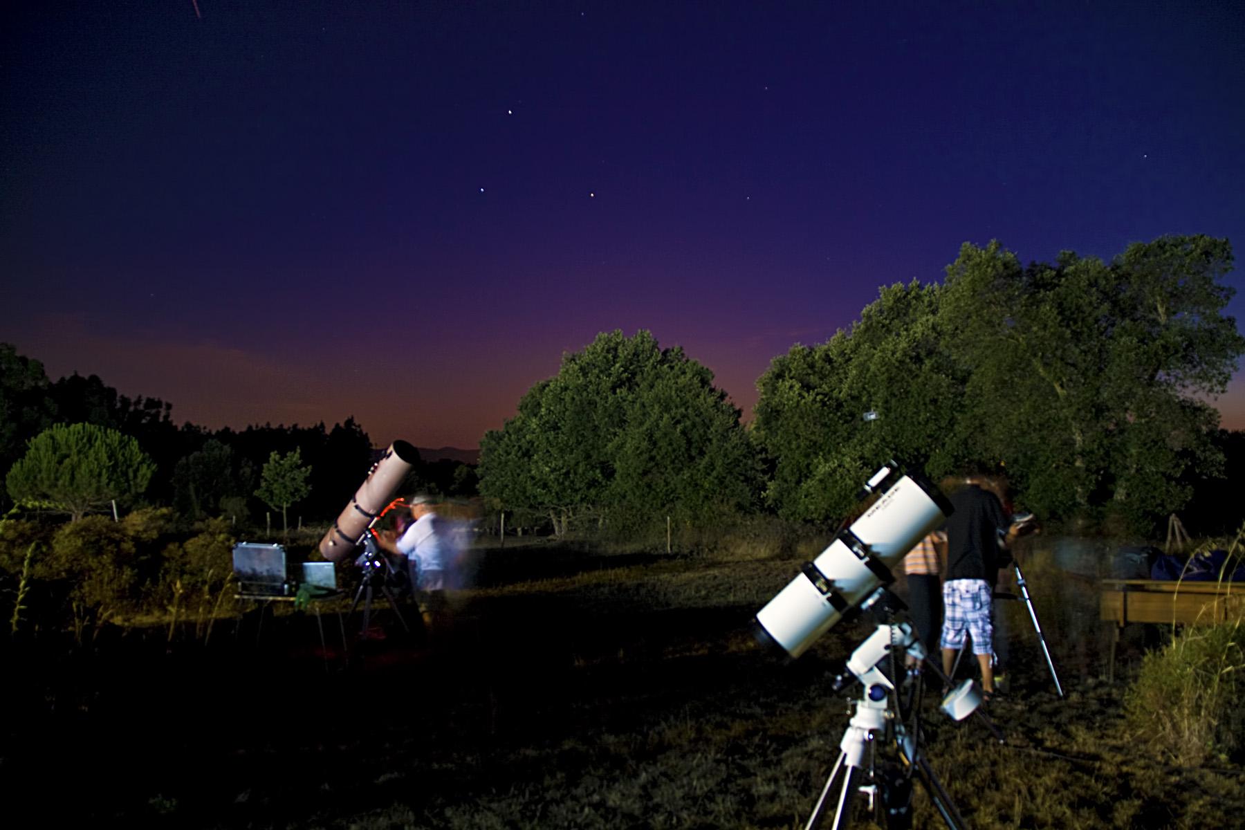 Venus, Mart i Spica durant la barbacoa astronòmica