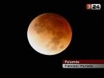 Foto de l\'eclipsi de lluna a El temps a TV3